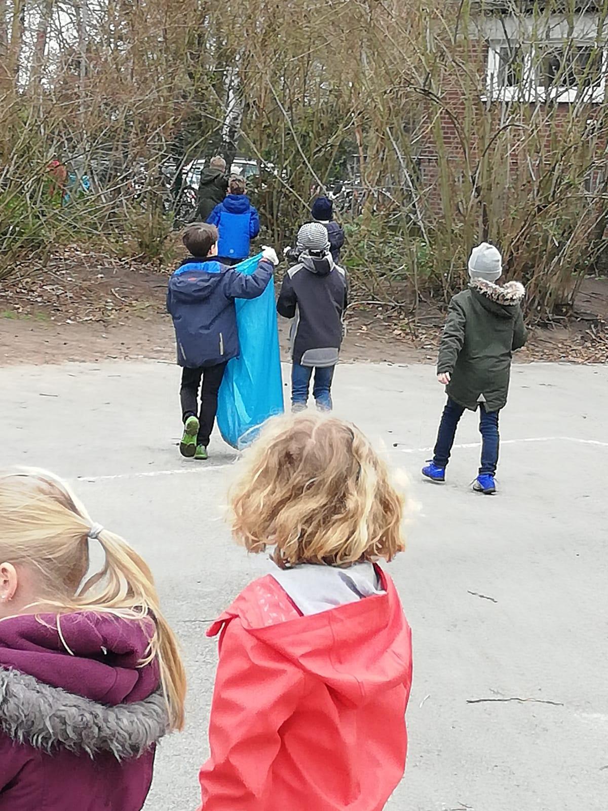 """Aktion """"Sauberes Rheine"""""""